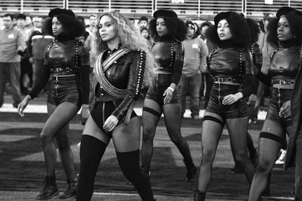 beyonce-dancers-superbowl-halftime-show-black-panthers-2016